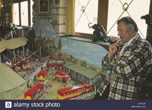 la veste de Jean Richard visible au musée du cirque et de l'illusion ( photo Remy Demantes)