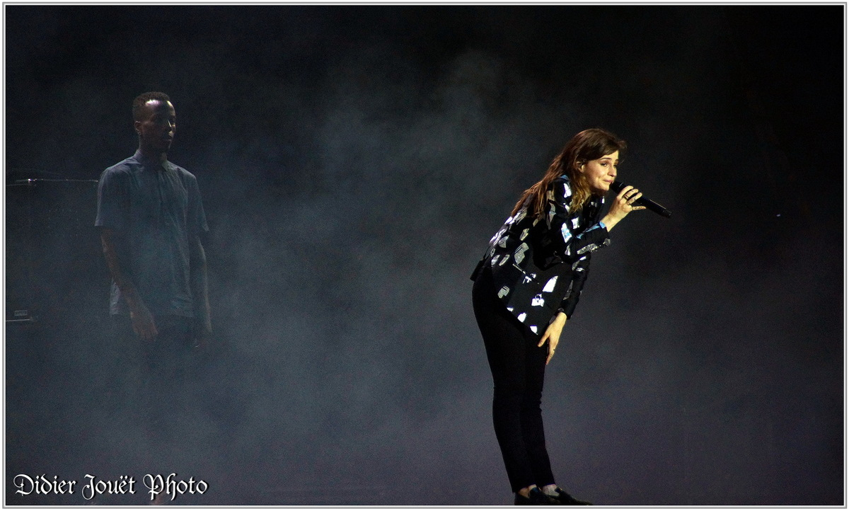 Christine and the Queens (2) - Festival des Vieilles Charrues 2015