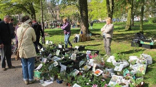 1er mai Bourse aux plantes à Liège