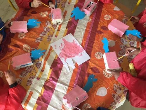 les maternelles préparent Pâques