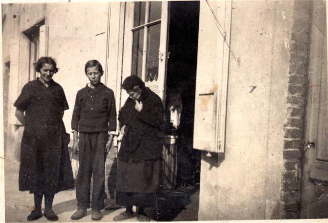 La maison familiale de Saint Pierre de Bœuf (2) enfance d'après guerre
