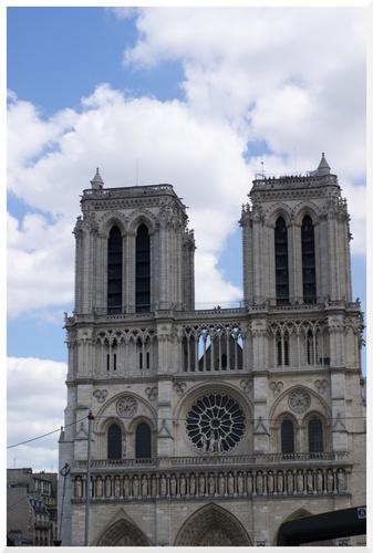 4. Visiter Paris en bus à plateforme
