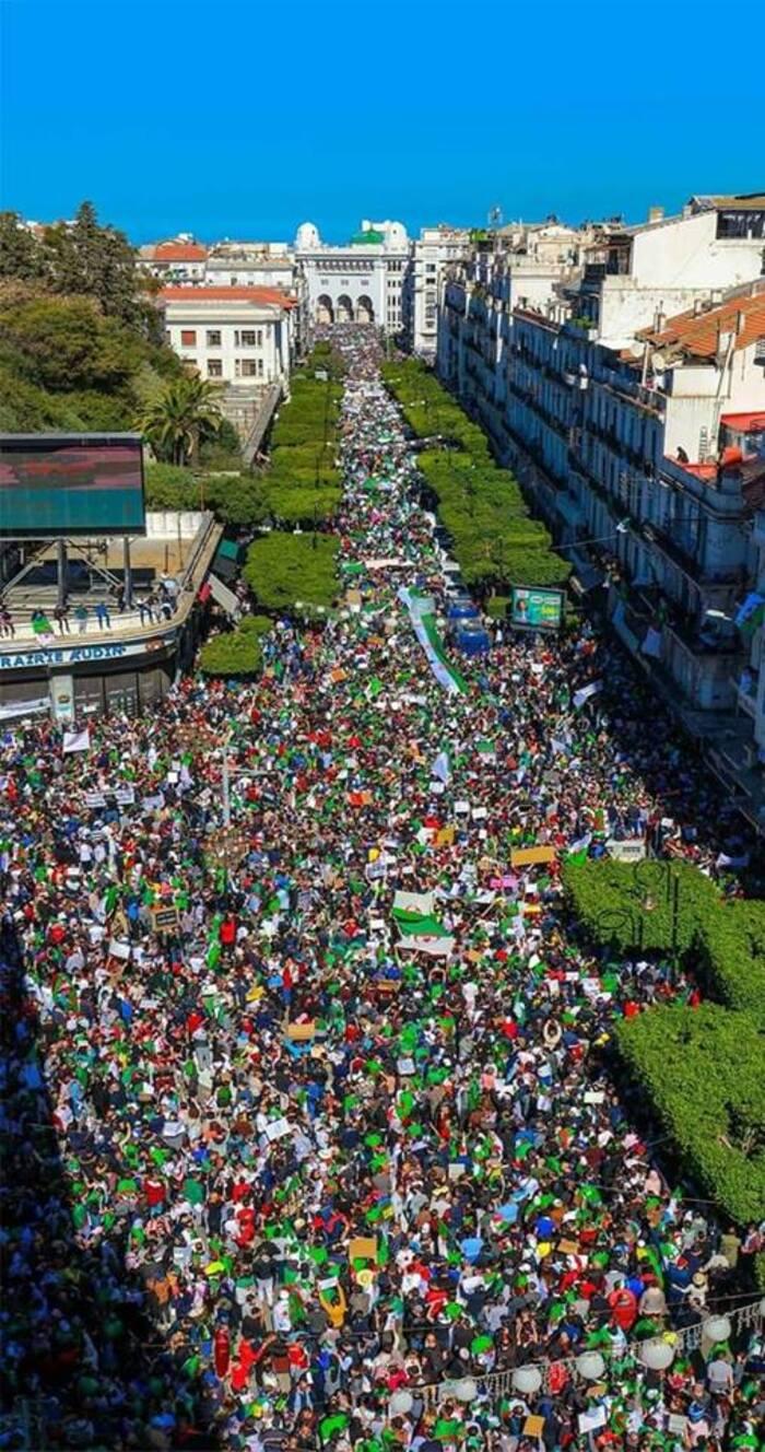 Benjamin Stora : La Jeunesse algérienne est en train d'écrire le récit historique