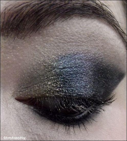 Maquillage de réveillon je suis un papillon ...