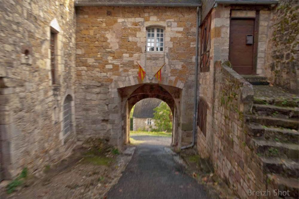 Turenne, ville haute, la porte sud