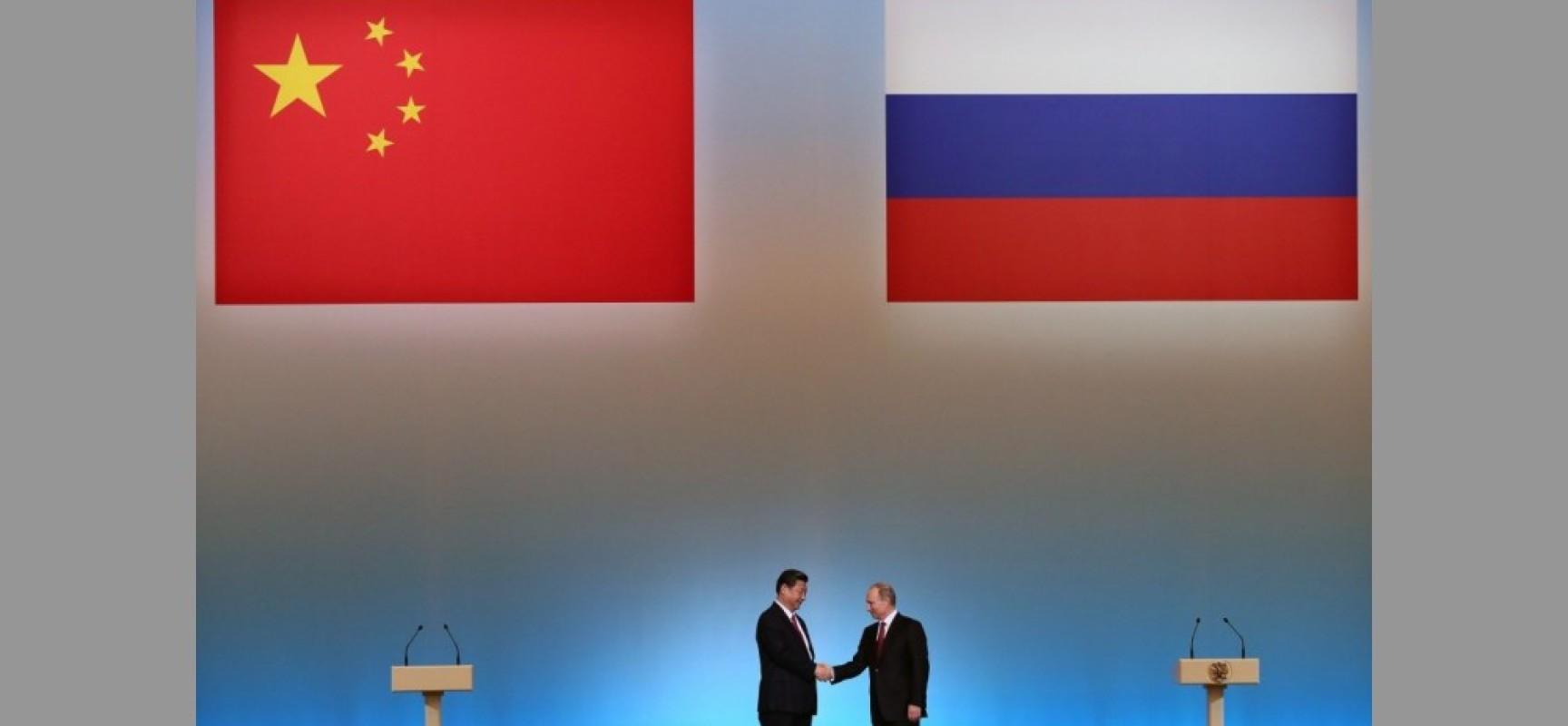 La Chine applaudit la victoire de Poutine, soutient la Russie dans l'affaire Skripal, salue le « partenariat stratégique » de la Chine avec la Russie