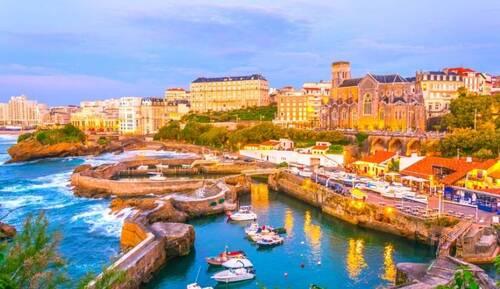 Actuellement je consulte uniquement à Biarritz sur RDV:  doctolib.fr/osteopathe/biarritz/bruno-laharrague