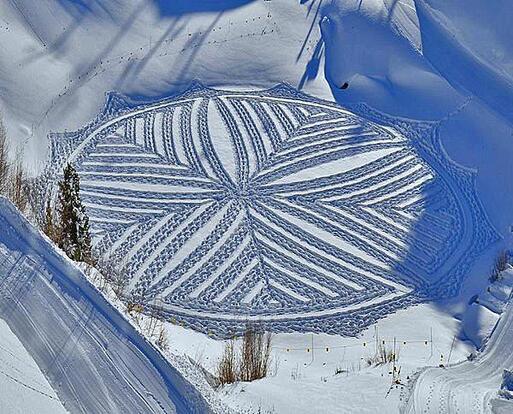 Simon Beck Crop Circle dans la neige