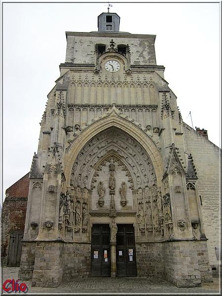 Montreuil-sur-Mer : la ville, la citadelle et les remparts.