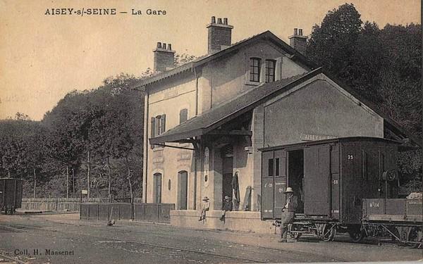 Souvenirs de Pierre Roy : la vie à Aisey sur Seine...