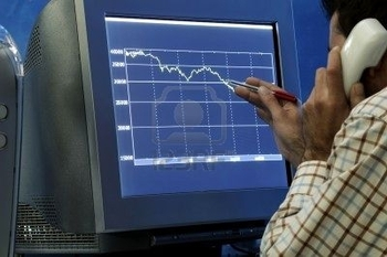 3773135-desperately-traders-looking-your-computer-monitor