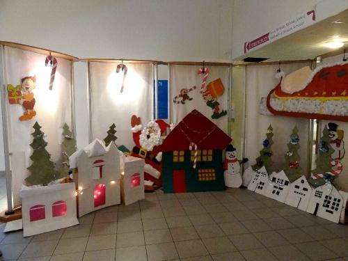 """L""""atelier de décorations de Noël à la MJC Lucie Aubrac de Châtillon sur Seine..."""