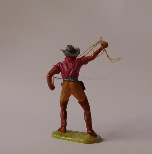 Réf: 6978 Cowboy debout avec un lasso