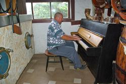 LUN - DARKO AU PIANO