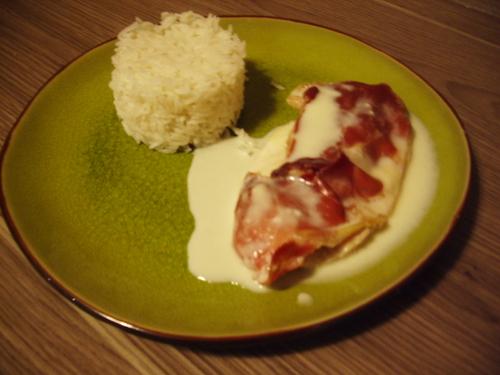 Papillote de dinde jambon-fromage