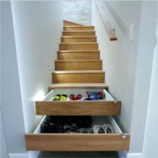 escalier armoire chaussures