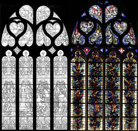 À gauche, dessin noir et blanc d'un vitrail figuratif. À droite, photographie couleur du vitrail, aux formes abstraites.