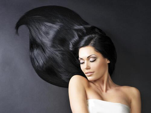 Les meilleures remèdes pour des cheveux brillants