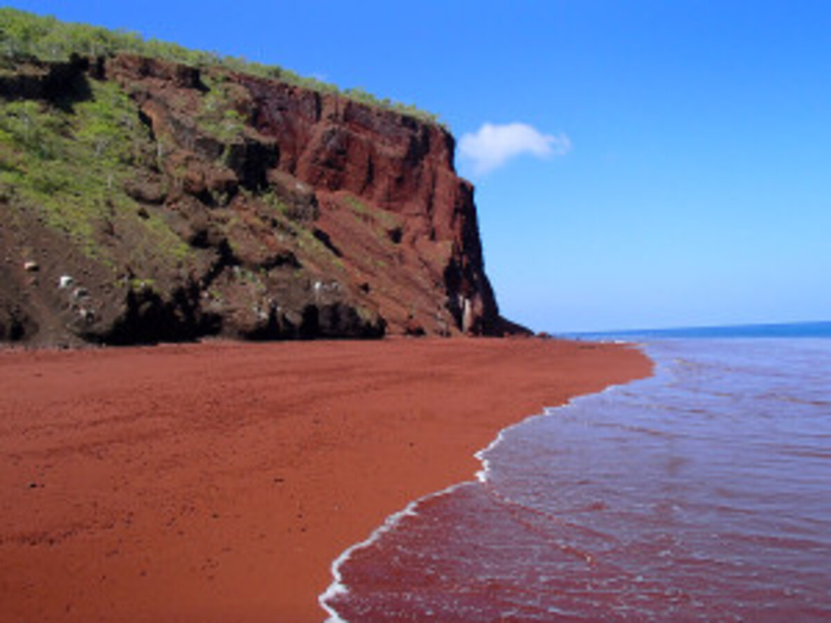 sable-rouge-plage
