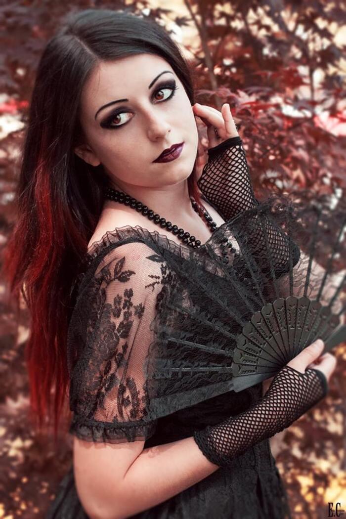 Anomaly, modèle goth