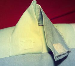 1 taie de traversin = 2 projets : oreillers de voiture + matelas de poussette
