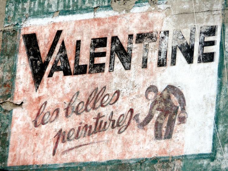 Ancienne publicité Valentine, rue Alexandre Roche, novembre 2007