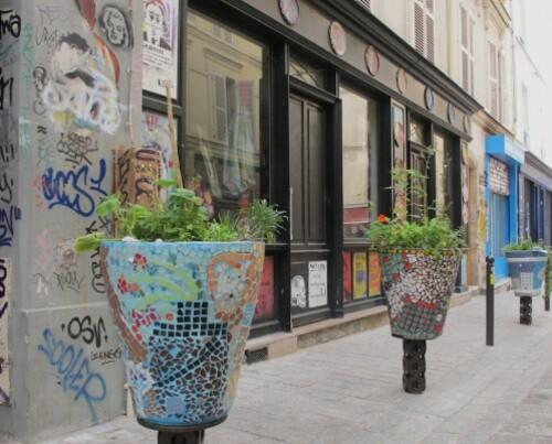 street-art Denoyez pot fleur 8799