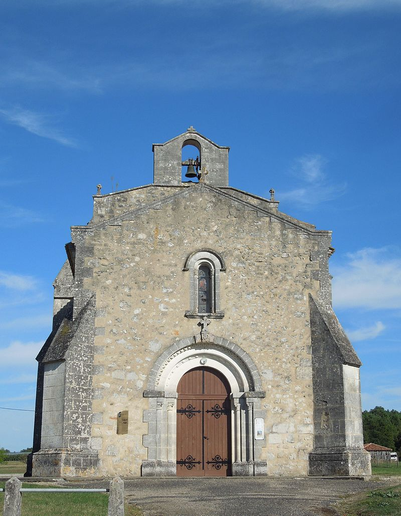 Le Tâtre, church, west facade.jpg