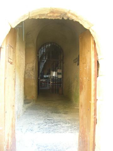 Saint-Paul de Fenouillet : L'ermitage Saint-Antoine de Galamus