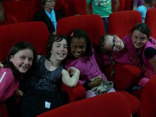 """les CE1 au Festival """" des clips et des classes"""""""