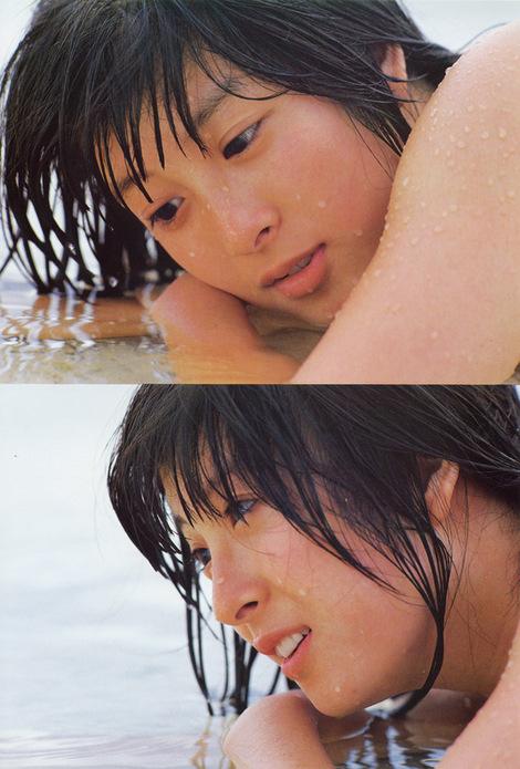 Photobooks : ( |05.08.1981| Naoko Kawai : KAWAI NAOKO PHOTO MESSAGE/KAWAI奈保子フォトメッセージ )
