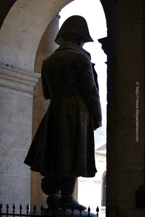 Statue de Napoléon aux Invalides