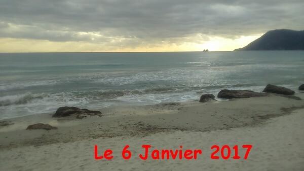 tempsgris et froid. Petite promenade au bord de Mer.