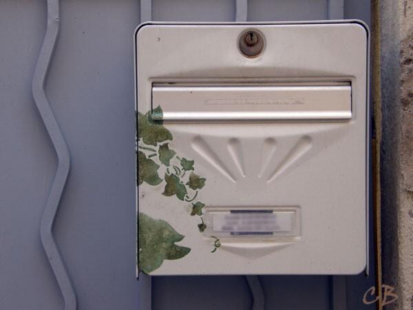 boîte aux lettres décorée