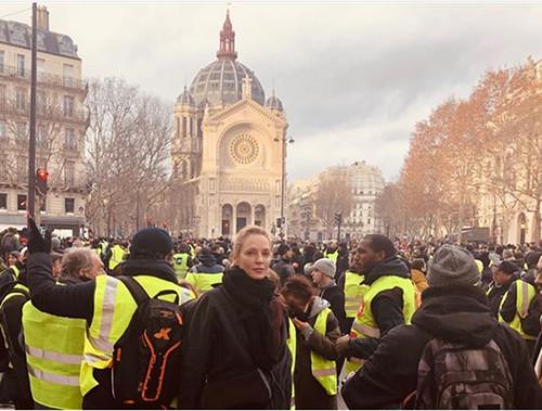 Les gilets jaunes, acte IV, Macron doit démissionner