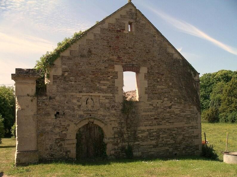 Vieux Chapelle Saint-Jean-Baptiste-du-Clos.JPG