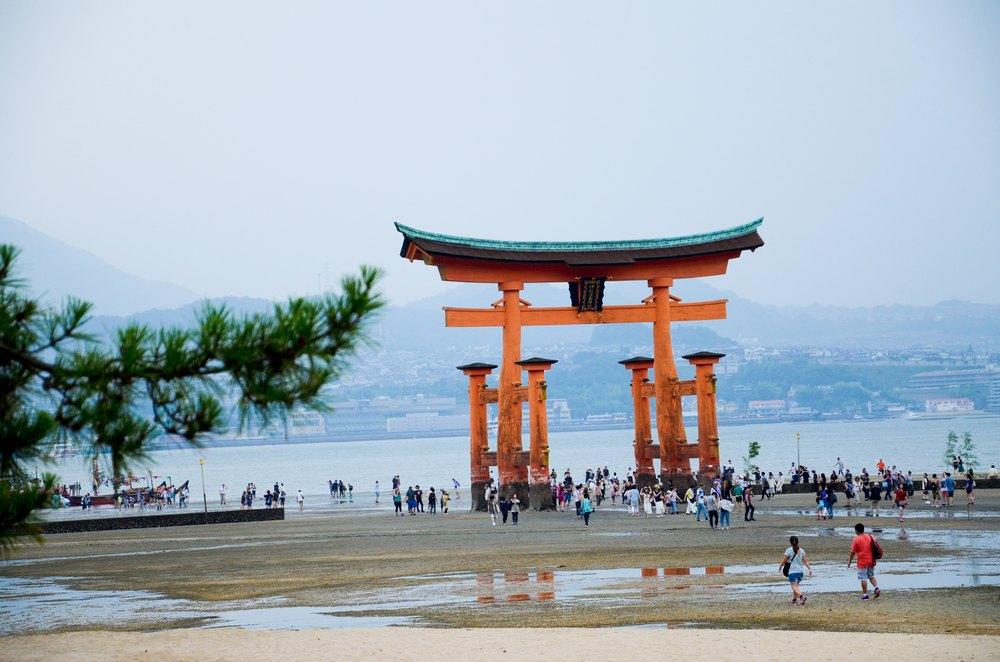 japon miyajima itsukushima schnoebelen