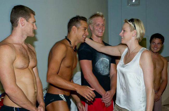 Charlène et les nageurs