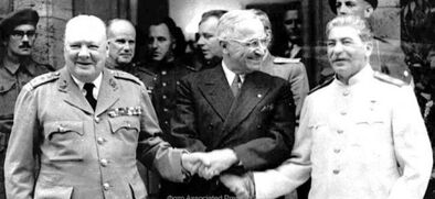 """- De qui """"Staline"""" est-il le nom?"""