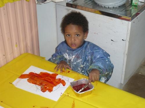 Mathéo à sa première peinture