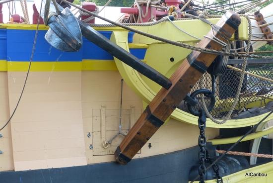 Grande ancre à tribord