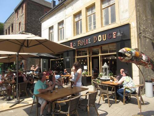 """Réouverture du café sur la place de Bohan """"La Folie Douce"""""""
