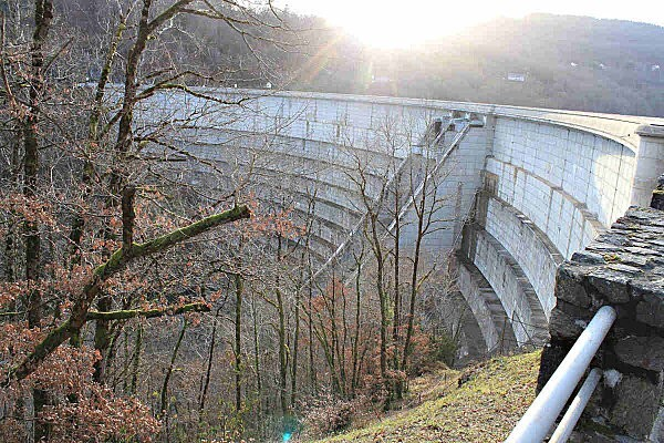 barrage Bort les Orgues -3-