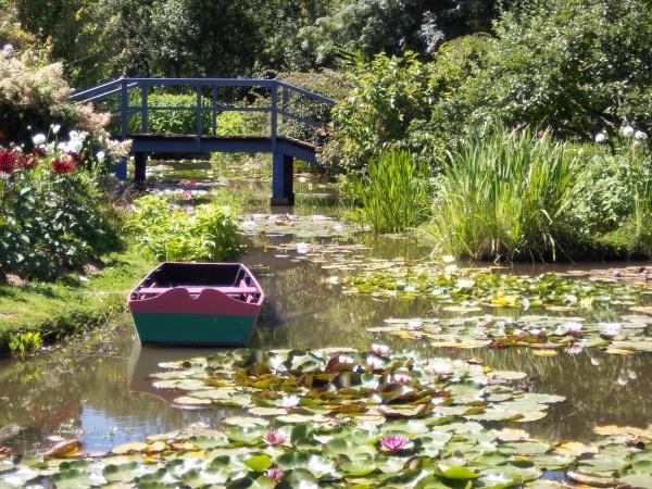 un jardin les pieds dans l'eau!!