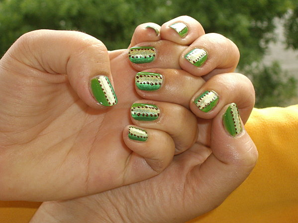 clef-des-champs--.nail-art-017.JPG