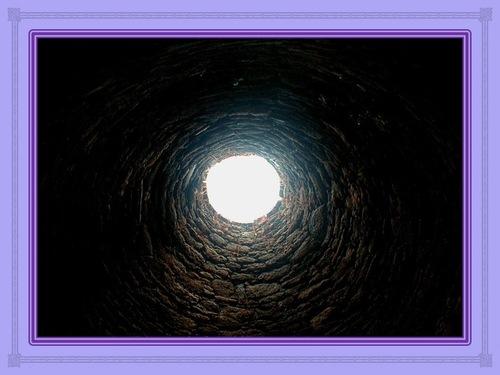 Au fond de la fosse