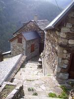 Les maisons restaurées du hameau.