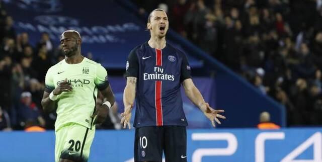 Zlatan Ibrahimovic a raté un penalty pendant la rencontre. (Gonzalo Fuentes/L'Equipe)