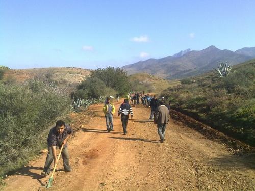 جمعية بن زمور للاعمال الاجتماعية والتنمية تصنع طريقا ولا في الاحلام
