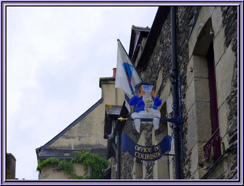 Suite de Rochefort en Terre  (Morbihan)..............les enseignes